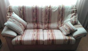 Vendo sofás de tres y de dos plazas vend