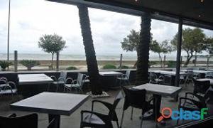 Alquiler de restaurante frontal al Mar