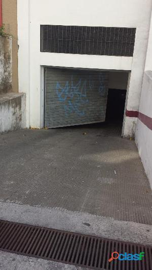 Amplio garaje cerrado en el centro de Fuengirola