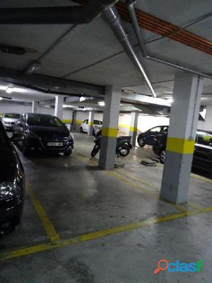 Dos plazas de parking en Calle Alber