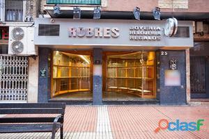 Local comercial de 100 m2 ubicado en el mejor tramo de calle