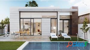 Villa con piscina de tres dormitorios