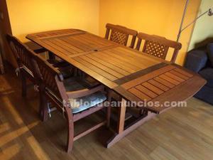 Conjunto de mesa y seis sillones de teka