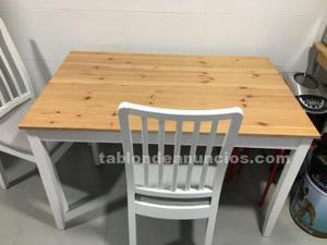 Mesa de cocina con dos sillas seminuevo