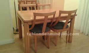 Vendo mesa de comedor y sillas