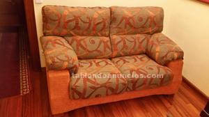 Sofá de chenilla color naranja