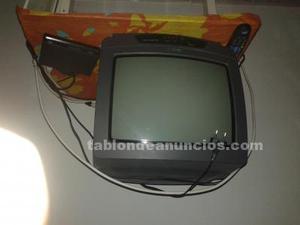 Televisor color portátil con mando a distancia y tdt 15€