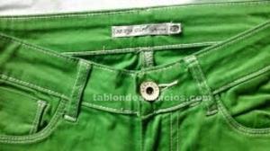 Pantalon vaquero color