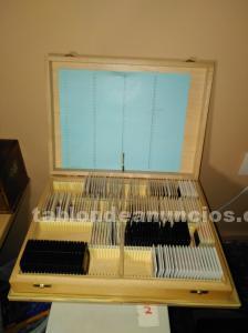 Caja de madera para guardar diapositivas