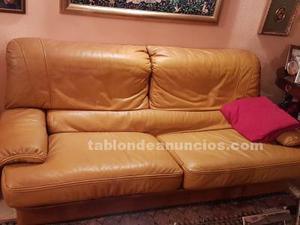 Vendo sofá y sillón de piel a juego