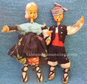 Muñecos fieltro traje típico de aragón