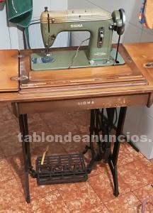 Se vende maquina de coser antigua,marca sigma