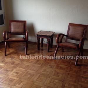 Conjunto sillones y mesa