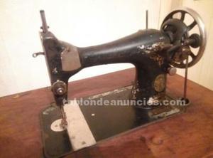 Máquina de coser singer y mueble