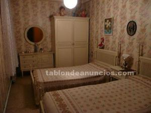 Dormitorio juvenil lacado en blanco