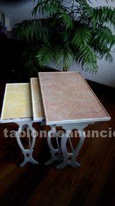 Mesa auxiliar salón. mesa nido (3 mesas) auxiliar vintage