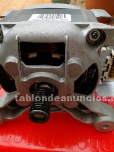 Se vende motor lavadora whipool semi nuevo