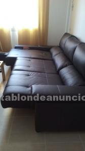 Se vende sofa de piel