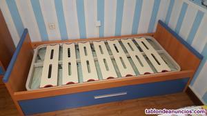 Cama nido y mesa de escritorio