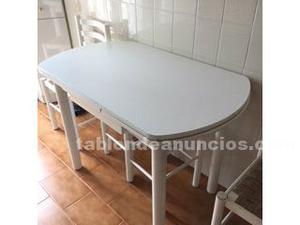 Vendo mesa de cocina con sillas