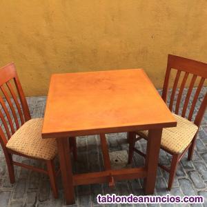 Conjunto de mesas y sillas