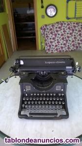 Maquina de escribir antigua olivetti