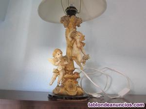 Lámpara de mesita antigua
