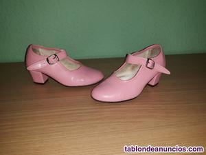 Zapatos de flamenca rosa numero 27