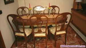 Conjunto de mesa y seis sillas de madera