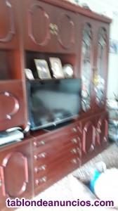 Vendo armario de salon y mesa de television.