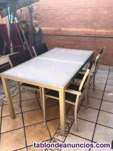 Conjunto mesa con sillas terraza exterior
