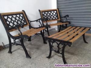 Conjunto bancos y mesa jardin