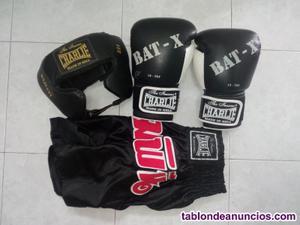 Guantes y casco boxeo