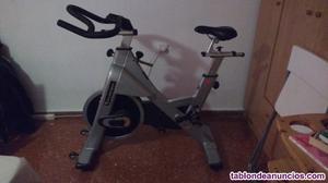 Vendo bicicleta de spinning marca tomahawk