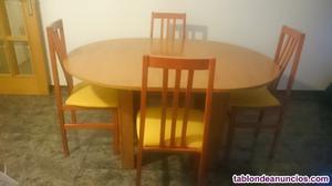 Vendo mesa de comedor con 4 sillas