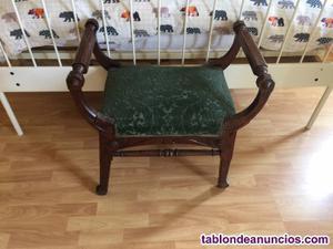 Vendo juego de sillas antiguas y sillon tapizados a juego en
