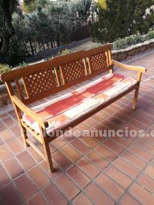 Mesa de madera jardin