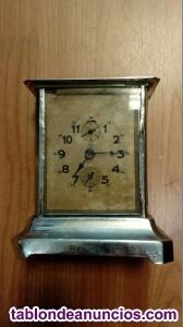 Reloj antiguo despertador