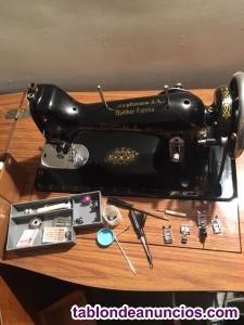 Maquina de coser sigma con mueble perfecto estado