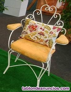 Mesas y sillas de jardín (de hierro)