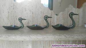 Vendo tres patos de bronce esmaltados