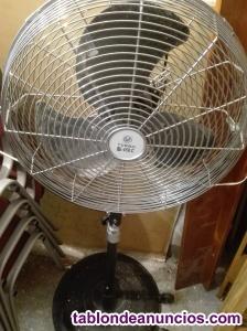 Ventilador industrial con su base.- turbo gran potencia
