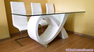 Mesa comedor de dis+6sillas polipiel blancas+mesa centro