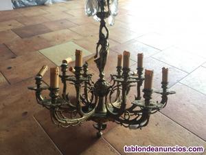 Lámpara de bronce antigua,
