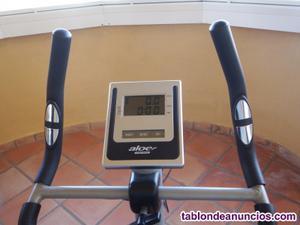 Bici estática aloe bh fitness.