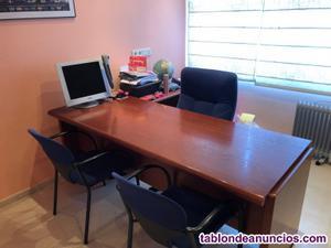Se vende mesa + 3 sillas y mueble de despacho