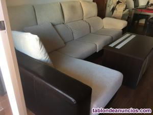 Sofa cheslong, asientos extensibles muy cómodo