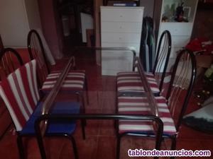 Mesa con 4 sillas de comedor