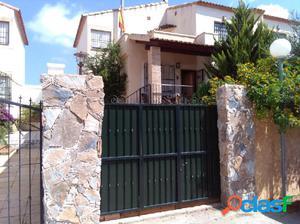 Casa-Chalet en Venta en Algorfa Alicante