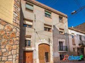 Casa en venta de 540 m2 en Carrer Metge Teixidor, 43812